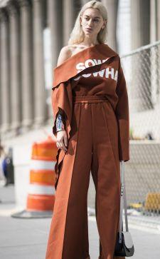 Широкие женские брюки: стильный тренд сезона 2020 – 2020
