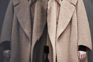 Пальто из альпаки – выразительная нотка в городском луке