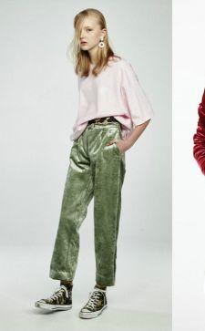 С чем носить бархатные брюки: несколько нежных образов