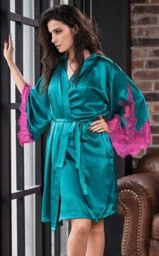 Шелковый халат – роскошный атрибут домашнего гардероба