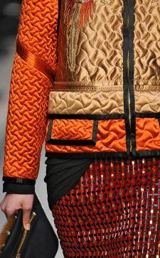 Женские стеганые куртки – изысканные силуэты для стильных луков