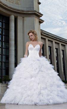 Пышное свадебное платье 2019 года: как сегодня выглядит невеста-принцесса