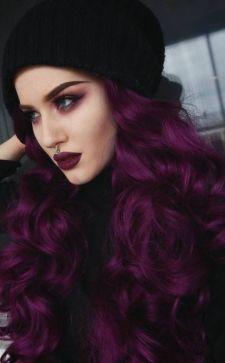 Фиолетовый цвет волос: яркий образ на лето и не только