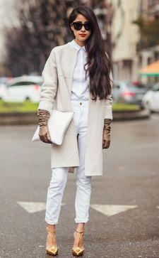 Белый женский костюм – отличное приобретение вне зависимости от типа фигуры