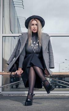 Серый цвет в одежде: кому идет и с чем сочетается