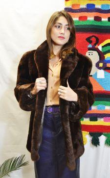 Шубы из мутона: стильная зима 2018