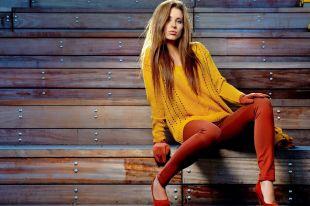 Оранжевый цвет в одежде: позитив и тепло в образе