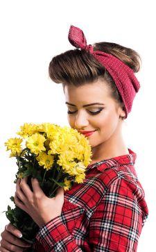 Как завязать шарф, платок или палантин на голове — самые красивые способы
