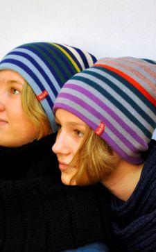 Шапки для подростков: самые популярные модели