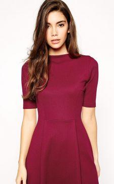 Платье цвета марсала: подбираем аксессуары, туфли и макияж к винному оттенку