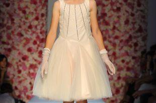 Вечерние платья для девочек в 2020 году: в чем встречают праздники юные леди