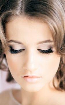 Свадебный макияж для карих глаз: особенности и правила нанесения