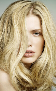 Модные стрижки на средние волосы 2018: запоминающиеся и практичные варианты