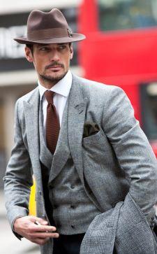 Мужской классический стиль одежды 2018: подбираем костюм, пальто и аксессуары