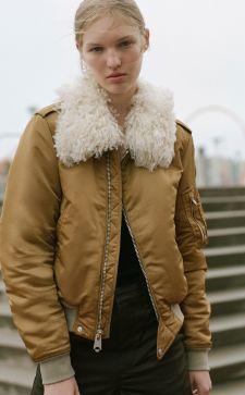 Куртки с мехом – изысканные образы для успешных леди