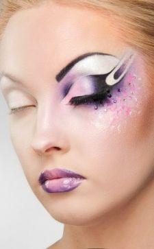 Карандашная техника в макияже: особенности, инструкция и нюансы