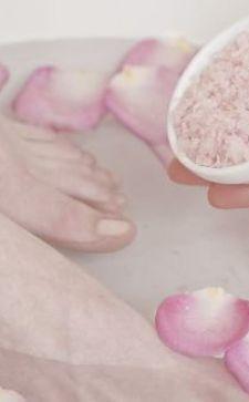 Солевые ванны для ног: СПА-терапия у вас дома