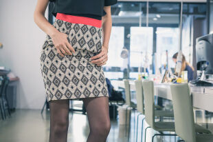 Теплые зимние юбки: расклешенные и прямые фасоны на каждый день