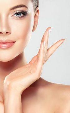 Крем для шеи и декольте: боремся с несовершенствами кожи
