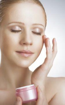 Распаривающий гель для чистки лица: особенности и преимущества