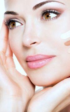 Тональный крем для комбинированной кожи: простые шаги на пути к решению проблемы