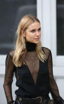 Модные женские водолазки: какие фасоны бывают и с чем их носить