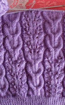 Шарф с косами, связанный спицами – эффектный аксессуар для украшения гардероба