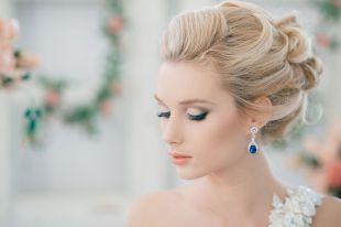 Стильные свадебные прически на длинные волосы
