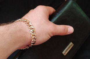 Мужские цепочки на руку – простой способ дополнить образ успешного человека