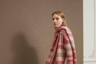 Модные шарфы в гардеробе современной леди: с чем сочетать и как носить