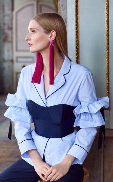 Блузка с воланами — стильно и женственно