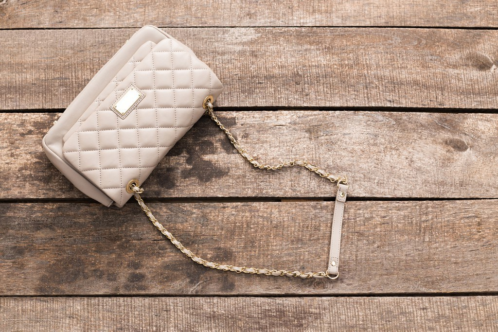Бежевая сумочка