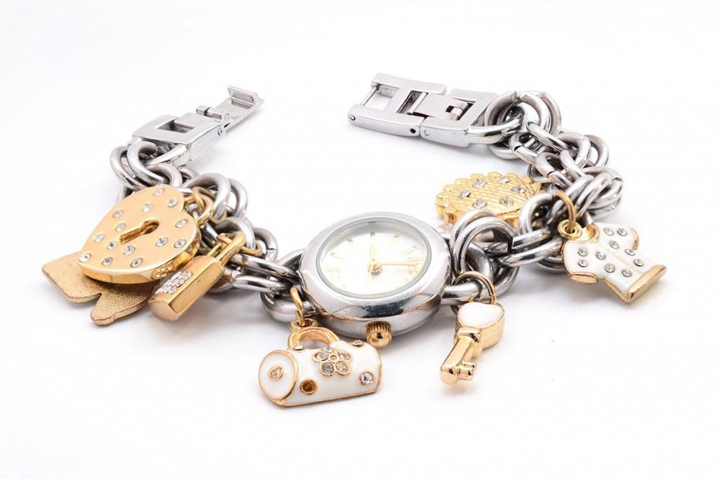 Необычные женские часы