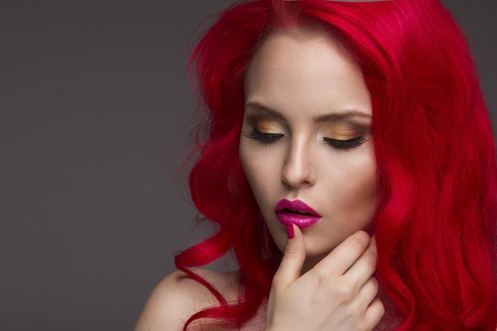Волосы красного цвета