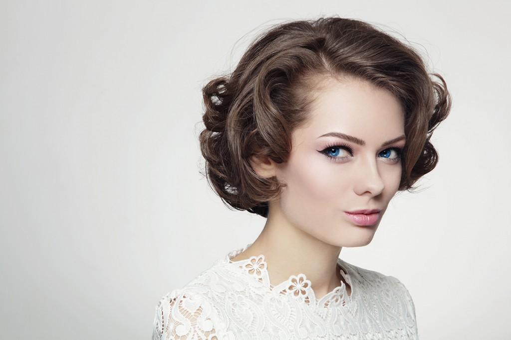 Прическа невесты на короткие волосы