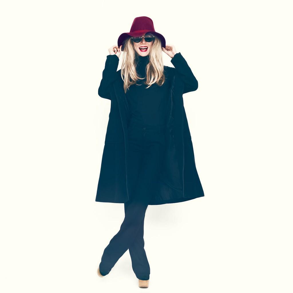 Бордовая шляпа