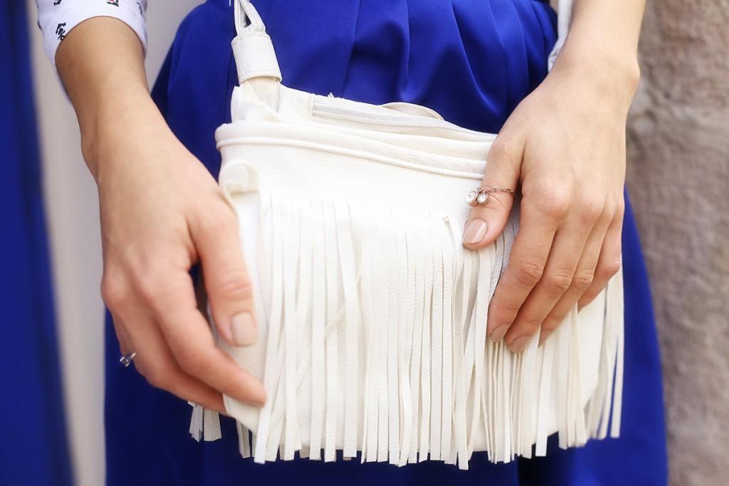 Кожаная белая сумка