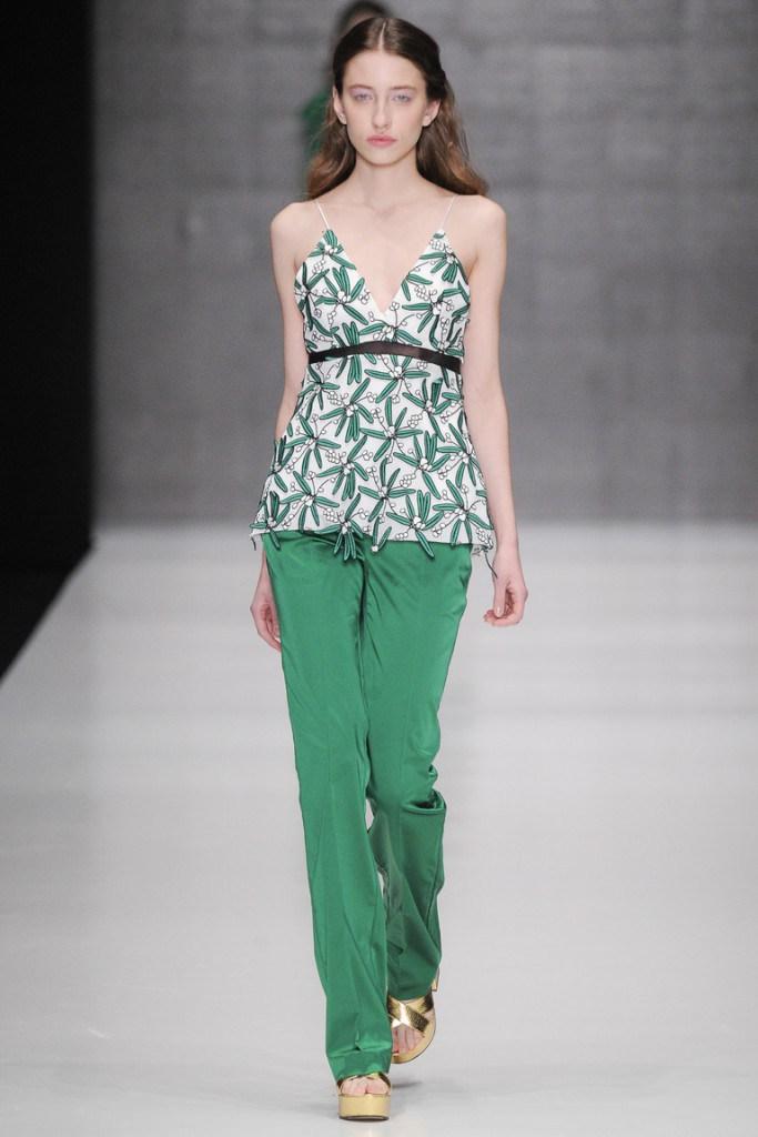 Модный в 2016 году зеленый цвет