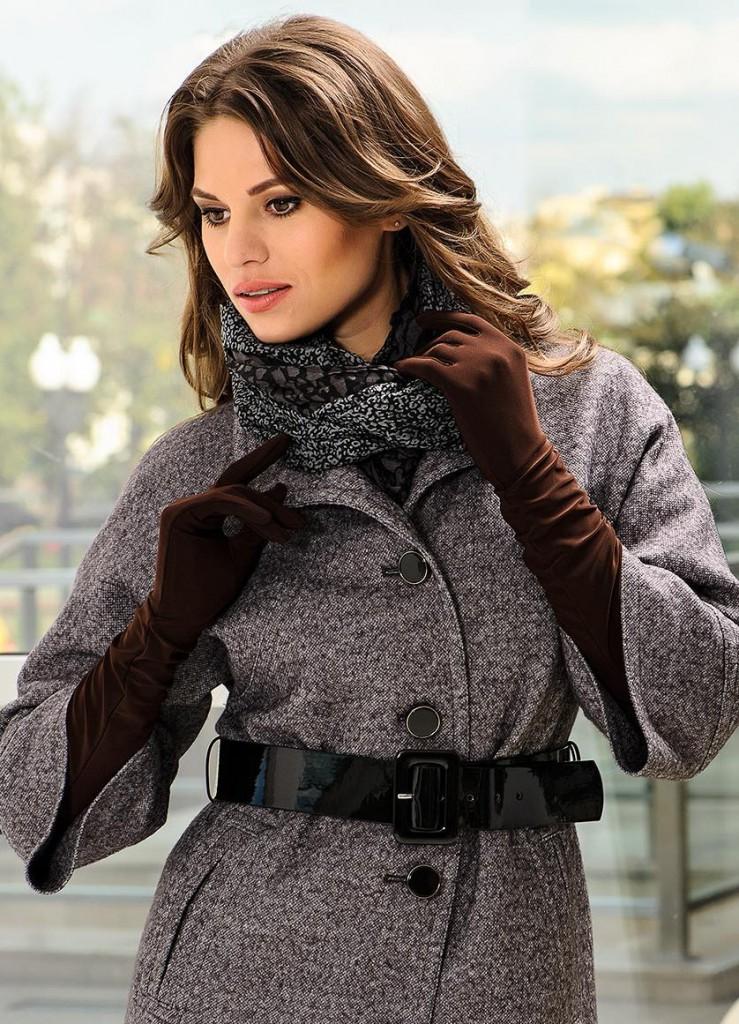 Длинные перчатки с пальто
