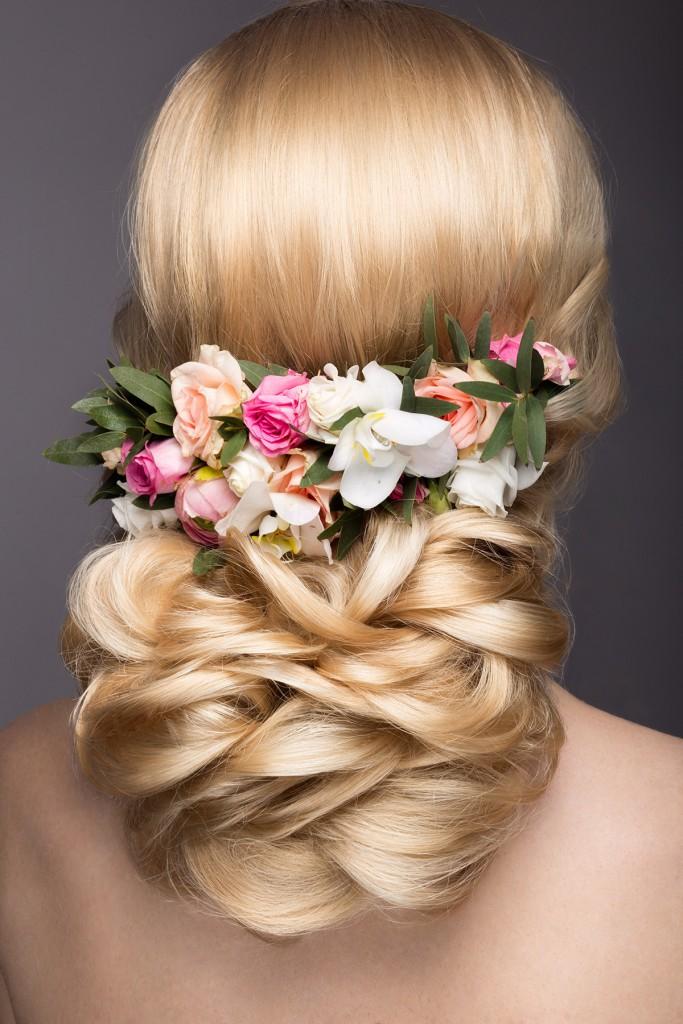 Цветы для украшения свадебной прически
