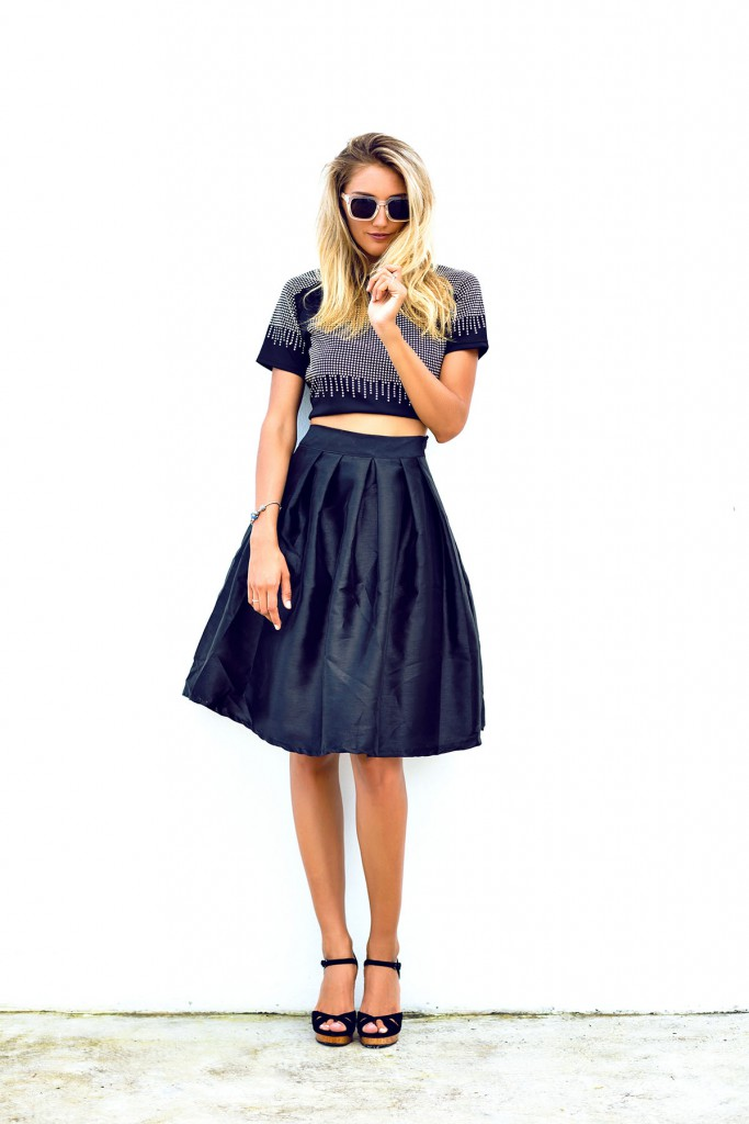 Черная юбка с топом