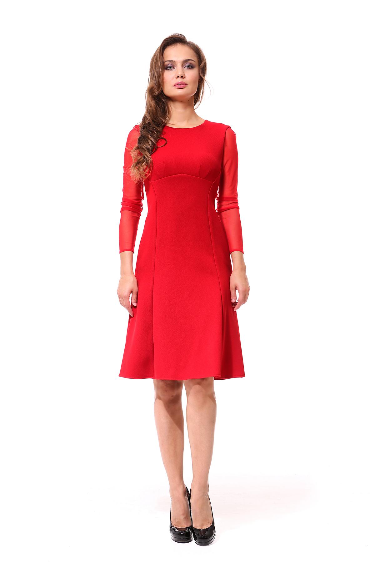 Красное платье под черные туфли