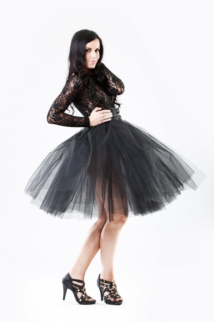 Черная пышная фатиновая юбка