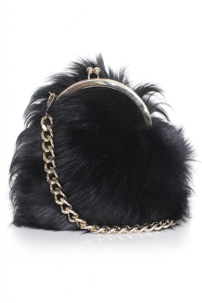 Чернаая маленькая меховая сумка