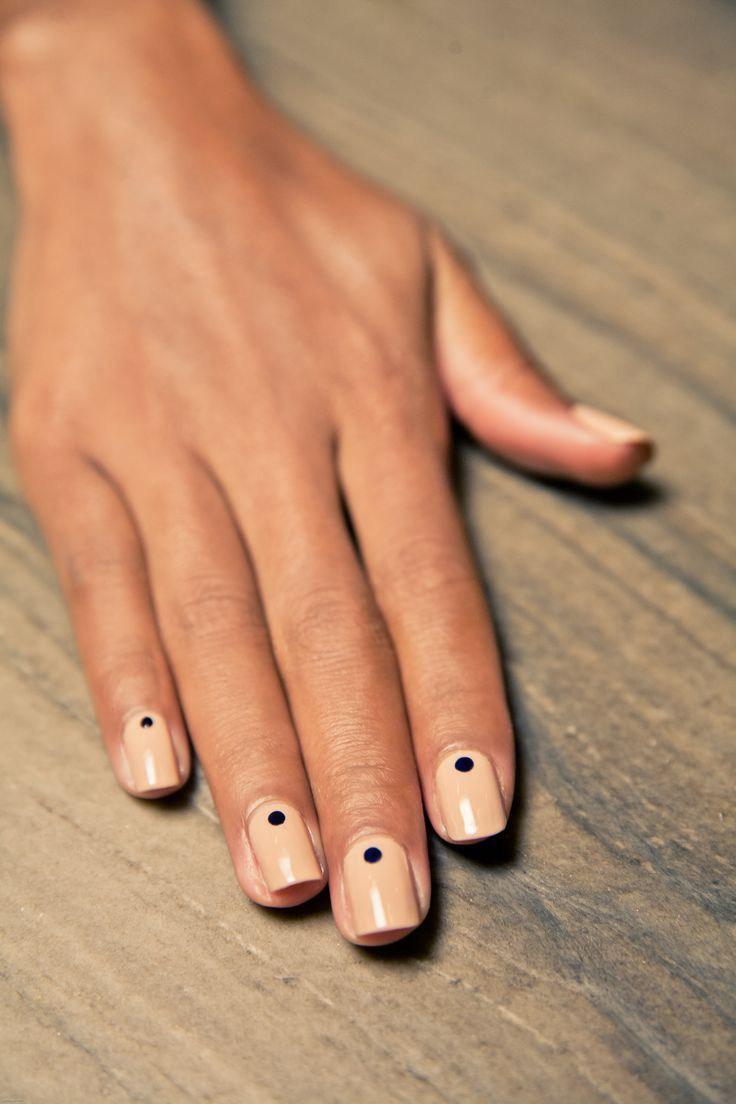 Черные точки на ногтях маникюр