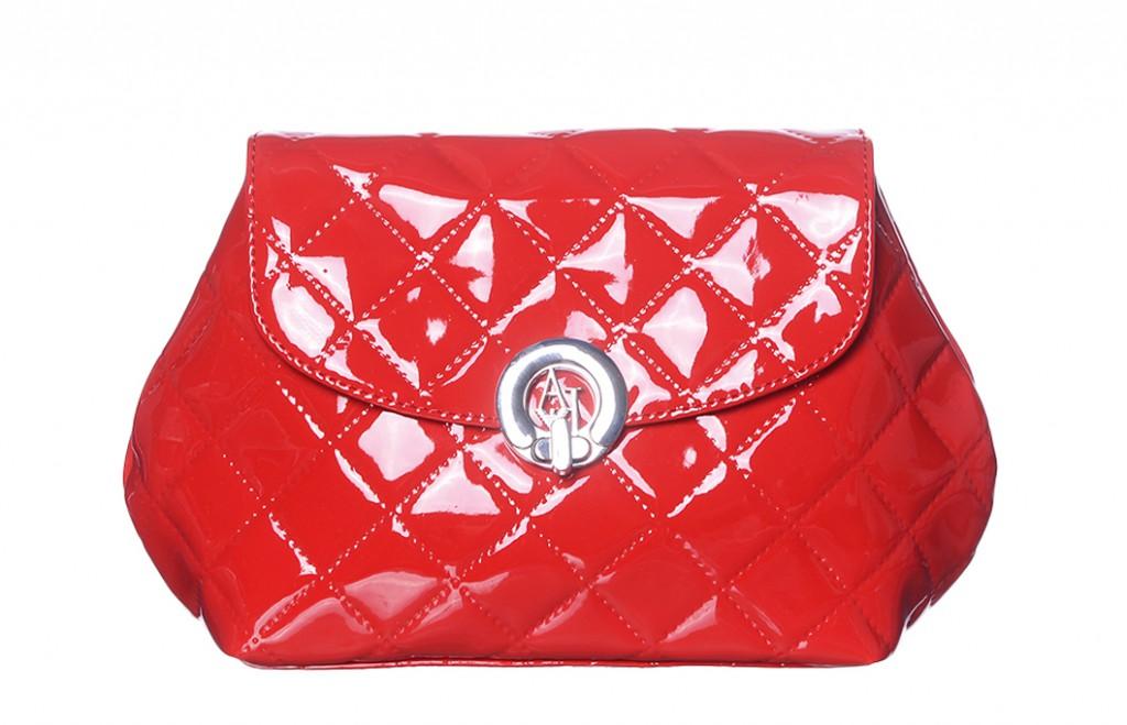 Лакированная сумка с геометрическим рисунком