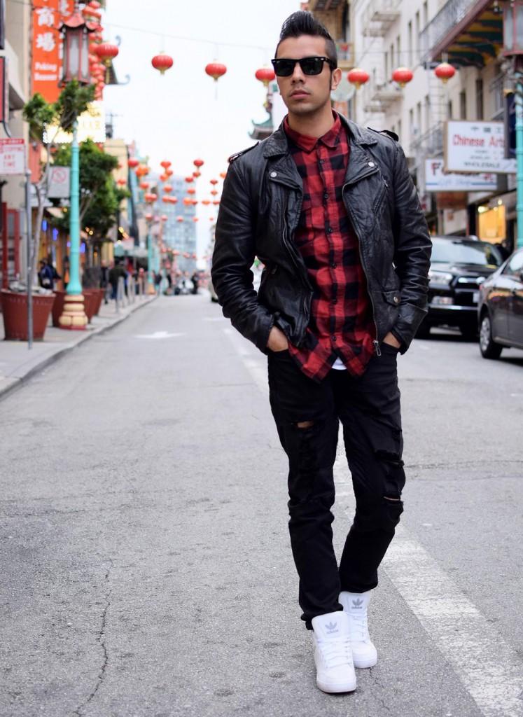Рваные черные мужские джинсы