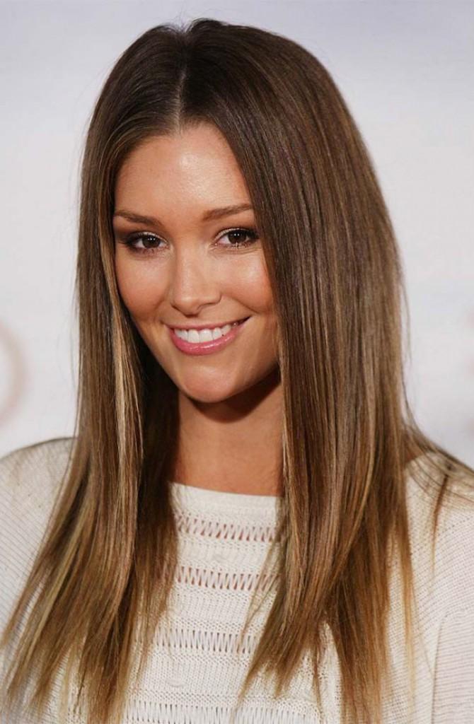 Средне-русые волосы с осветленными кончиками