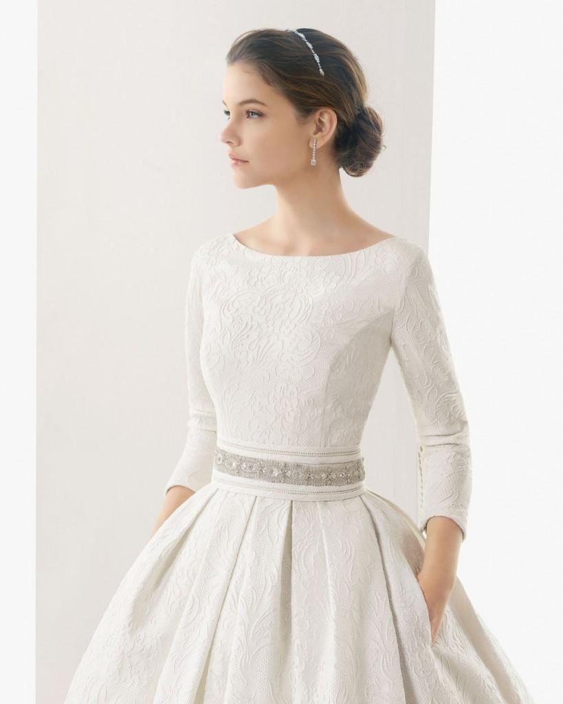 Платье невесты с рукавами