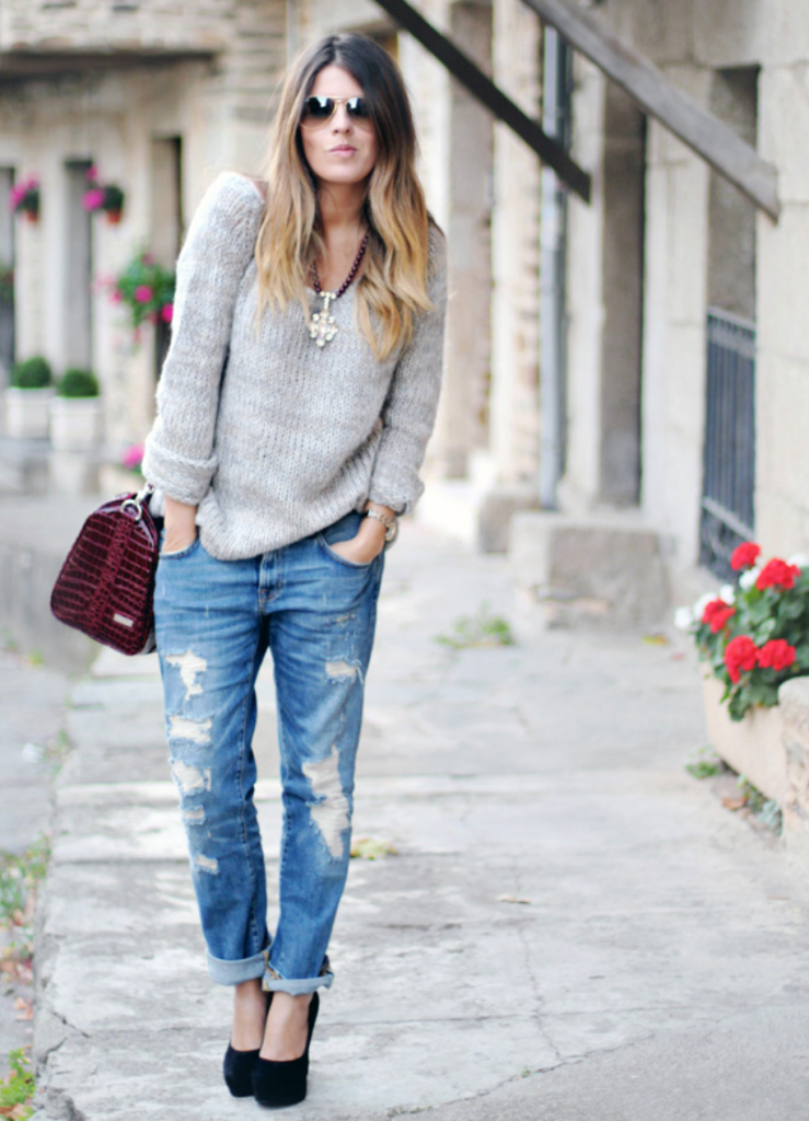 Бойфренды со свитером